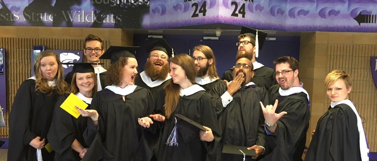 blog_graduation_graduate2_spring2016_cropped_1280x547